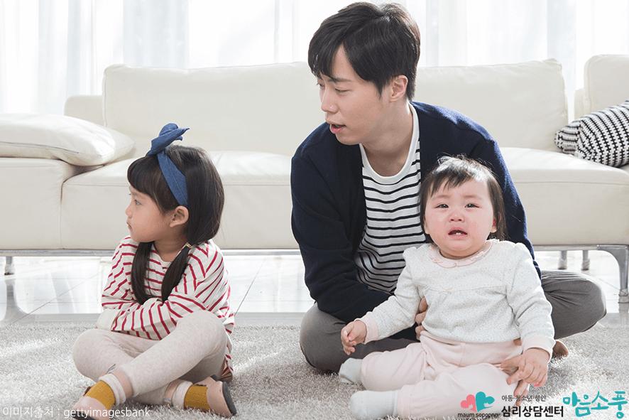 아동 분리불안 장애 증상과 치료방법